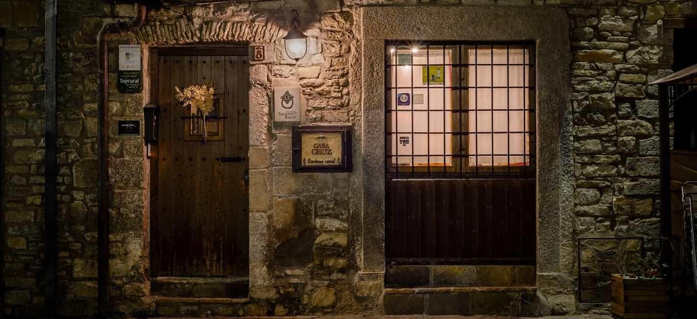 Casa Cruz entrada Boltaña